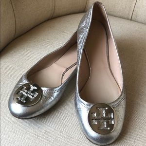 Authentic Tory Burch leather flats size 8